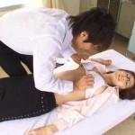 【鈴木一徹】保健室で休んんでいる先生をイケメン生徒が襲っちゃう! pornhub女性向け