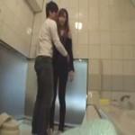 【貞松大輔】お風呂やベットで美人お姉さんとハメ撮りエッチ! ero-video女性向け