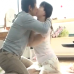【しみけん】関西弁の彼女の友達。甘い誘惑に負けてごめんなさいの浮気エッチ! javynow女性向け動画