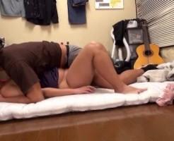 酔っ払って寝てしまったお姉さんを介抱するふりてちゃっかり挿入しちゃったイケメン店長! pornhub女性向け動画