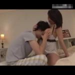 【ムータン】横に寝ている巨乳お姉さんのおっぱいをこっそりモミモミしちゃうイケメン! pornhub女性向け動画
