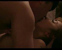ホテルに着いた瞬間に激しくキスをして絡みあい愛し合うラブセックス! xvideos女性向け動画