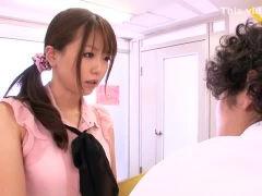 【ムータン】ノーパンで過ごす美人教師とイケメン生徒の禁断エッチ! javynow女性向け動画