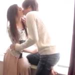 【タツ】窓際で甘いキス!ベットの上では激しく愛し合う快感ラブエッチ! ero-video女性向け動画