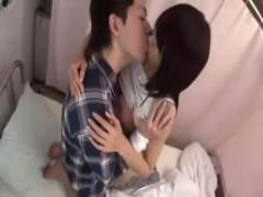【玉木玲】彼氏のお見舞いにきたけど彼が起きないので隣の患者さんとこっそりエッチ! ero-video女性向け動画