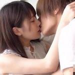 【タツ】女の子の両手を持ち上げ甘いキス!焦らしながらの愛撫がゾクゾクしちゃう! xvideos女性向け動画