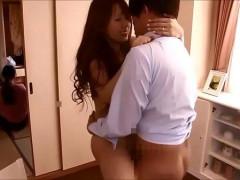 【貞松大輔】隣の部屋に誰かいるけど感情を抑えきれずに大胆セックス!