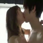 【鈴木一徹】キスをしながら立ったままバックでピストン!体位を変えとろけまくりの快感セックス!