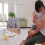【鈴木一徹。小田切ジュン】こんなのきゅん死にしちゃう!ラブラブなカップルの超甘いキス! xvideos女性向け動画
