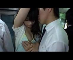 満員バスでお姉さんのおっぱいを触り手マンでイカしちゃう強引痴漢エッチ! javynow女性向け動画
