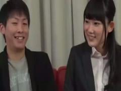 笑顔がかわいい草食系男子をかわいい会社員のお姉さんが筆おろし! ero-video女性向け動画