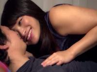 【ムータン】彼の上に横になりセクシーなキスで誘惑してセックスおねだりしちゃうラブエッチ! 女性向け動画