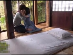 初エッチで緊張している女性をキスで解していくエロメン!じっくりとアソコも指でなぞりながらリードしてくれる!【大島丈】