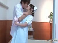 【鈴木一徹】イケメン先生からの強引なキス!病院内での強引セックス! 裏アゲサゲ女性向け動画