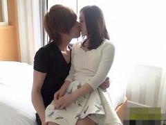 【タツ】小柄な女の子を膝の上に抱っこして優しく甘く感じさせるラブエッチ! xvideos女性向け動画