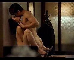 言葉を交わさなくてもお互いが欲しい、、見つめ合い舌を絡めながら激しめエッチに溺れる韓国カップル! 女性向け無料アダルト動画