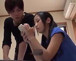 【小田切ジュン】勉強しなさい。と言いながら妹の体を触りセックスしちゃうお兄ちゃん! xvideos女性向け動画【無修正】