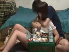 合コンで意気投合した女の子をお持ち帰り!宅飲みで飲み直して、一夜限りの快感エッチ!