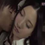 【小田切ジュン】助手席で眠ってしまった同僚をこっそり襲ってカーセックス! ero-video女性向け動画