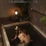 【タツ】寒い冬は露天風呂で温まりながらエッチ!舐めて気持ちよく前戯してもらって立ちバックセックス! 女性向け無料アダルト動画
