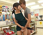 【タツ】店内でこっそりお客さんを誘惑するお姉さん!童貞クンに生セックスを教えちゃう!【無修正】 女性向け無料アダルト動画