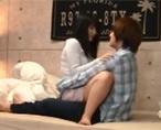 【ゆうき 新村あかり】「赤ちゃんできてもいいから、中で出して…」イケメン彼氏の腰に両脚を絡めるだいしゅきホールドで膣射精お願いする関西弁の彼女 女性向け無料アダルト動画