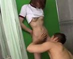 イケメンな先輩にエッチな処理まで求められてシャワー室で…!【大沢真司 鈴村あいり】